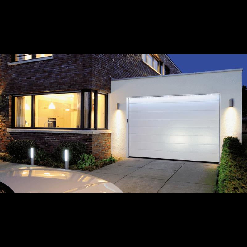 Porte de garage sectionnelle refoulement plafond gamme for Eclairage exterieur 12v