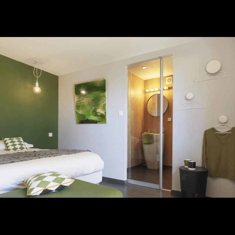 cloison coulissante galandage sur mesure. Black Bedroom Furniture Sets. Home Design Ideas