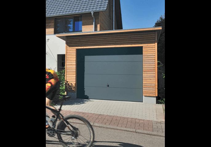 Porte de garage basculante simple paroi gamme premium for Porte de garage artens premium avis