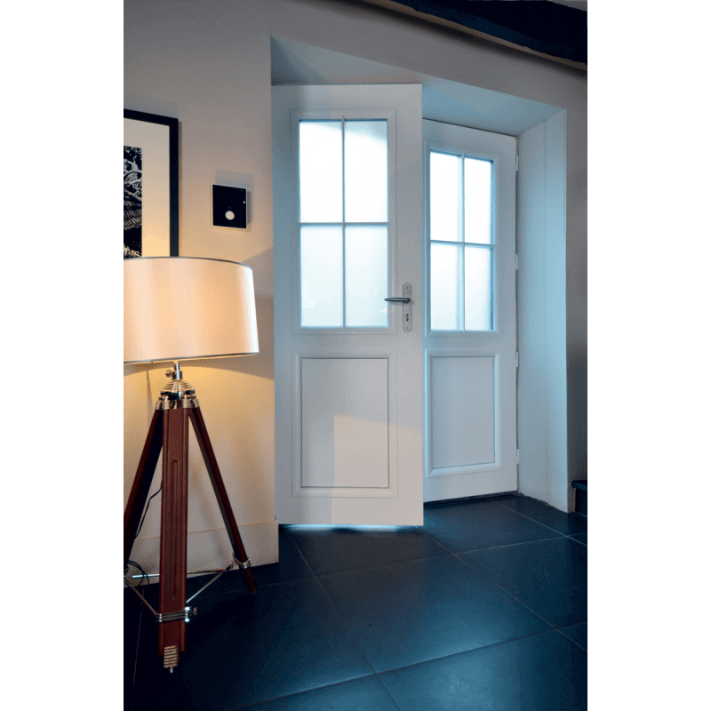porte d 39 entr e alu mi vitr e l 39 esprit campagne. Black Bedroom Furniture Sets. Home Design Ideas