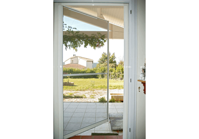Porte moustiquaire