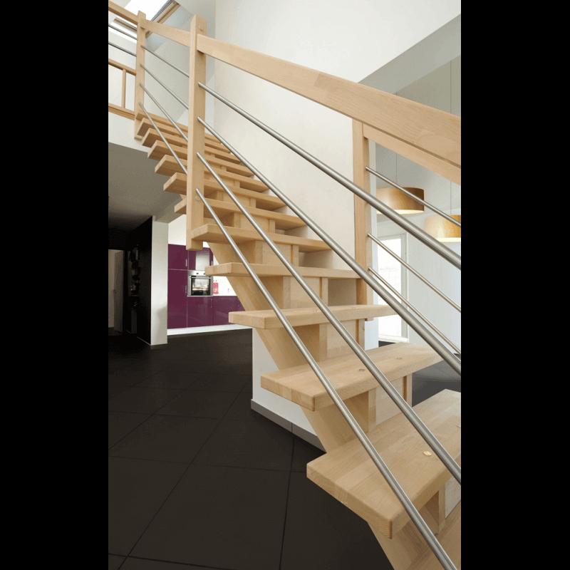escalier moderne en inox et bois forme droite. Black Bedroom Furniture Sets. Home Design Ideas