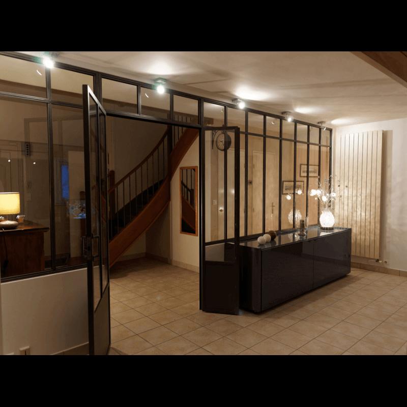 verri re fixe en acier au style industriel. Black Bedroom Furniture Sets. Home Design Ideas
