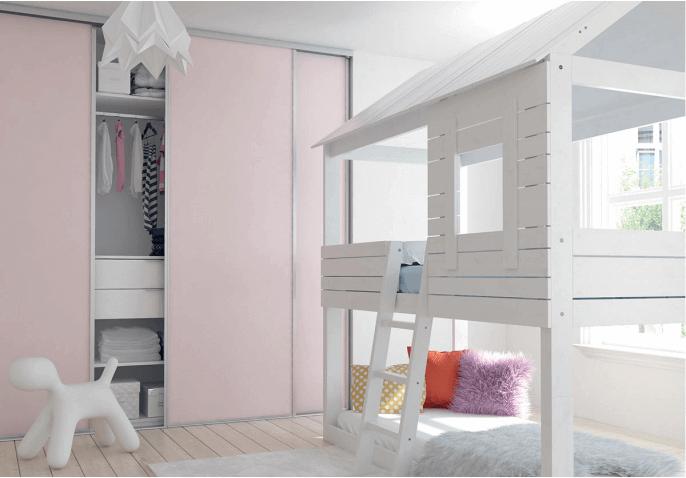 Porte de placard coloris uni pour chambre enfant