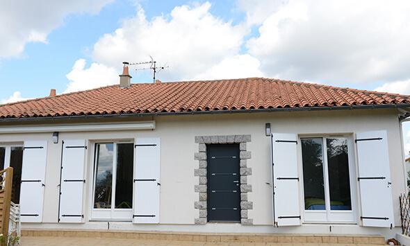 Rénovation de porte d'entrée, fenêtre et portes-fenêtres à Cholet (49)