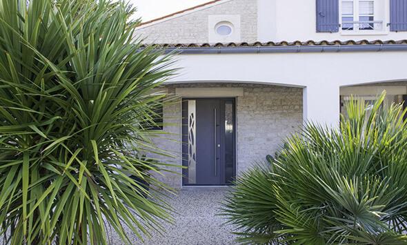 Réalisation porte d'entrée à La Rochelle (17)