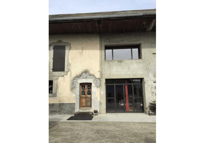 Chantier de rénovation des menuiseries extérieures à Groisy Annecy