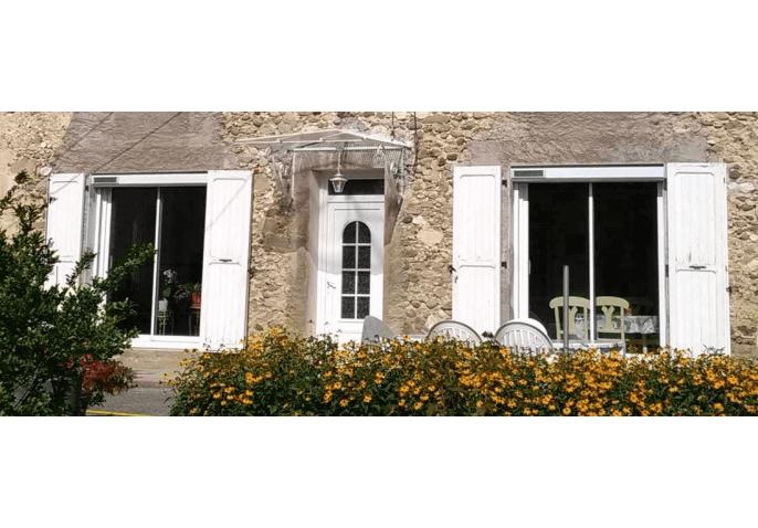 2 baies vitrées coulissantes en alu avec volets roulants solaires PVC à Saint Marcellin