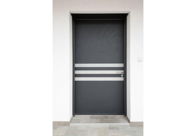 Rénovation porte d'entrée, baie coulissante, porte intérieure et fenêtre