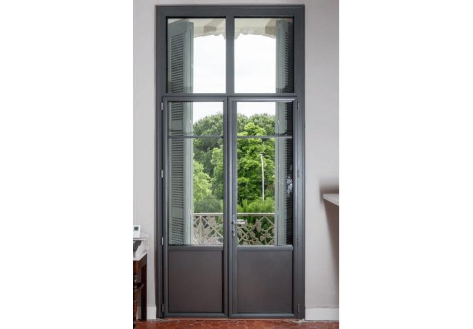 Porte-fenêtre vitrée et impostes alu anthracite