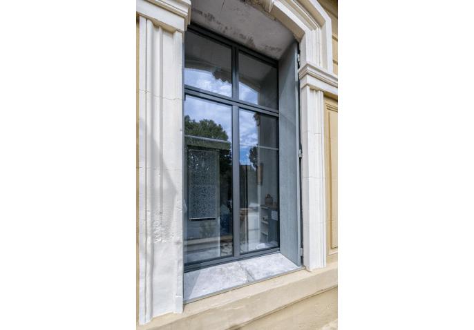 Fenêtre aluminium battantes et impostes
