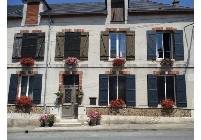 Porte d'entrée et volets battants aluminium à Châlons