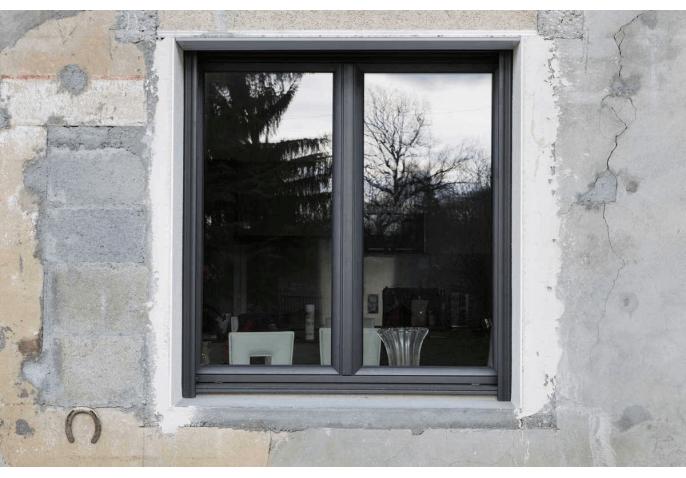 Chantier fenêtre battante en alu à Cercier Annecy